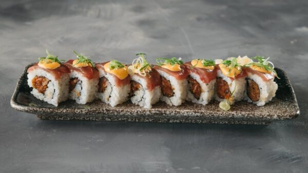 Amami Sushi Spicy Tuna